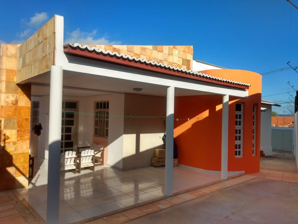 Imóvel residencial na Rua Dona Sinigrinha, 12 – Manoel Salustino