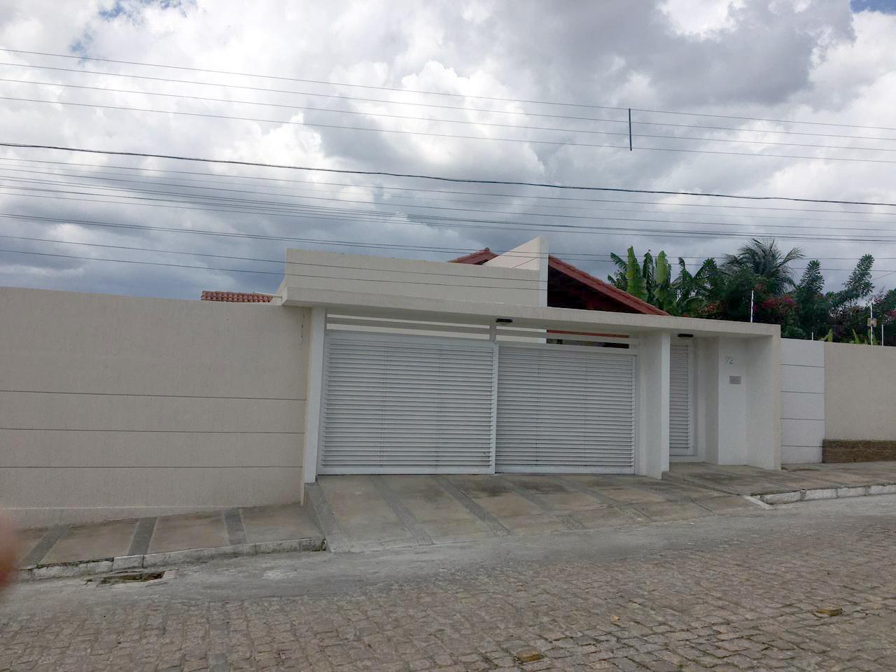 Excelente Casa Residencial próximo ao Hospital Regional